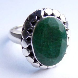 Genuine EMERALD Sterling SILVER Oval Ring sz 7.25